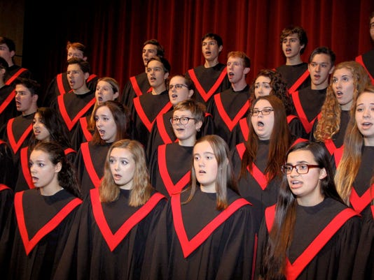 636256063392161609-choir.jpg