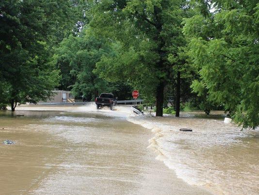 636355593043549187-Flood-3.jpg