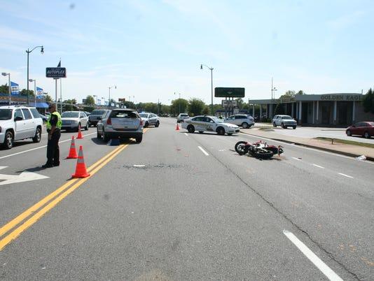 636394600608877441-motorcycle-wreck.JPG