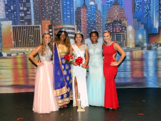 The top five contestants from the Miss Holly City 2018