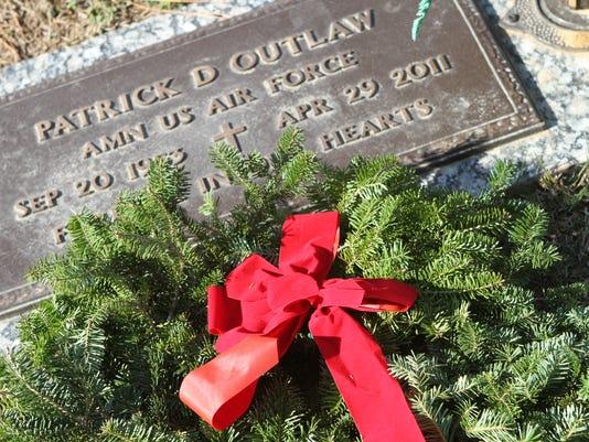 636491177447894730-Wreaths-Across-America-52-.JPG