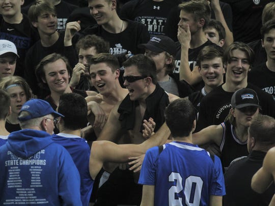 CovCath students celebrate the win.