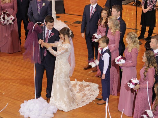 Tori Bates and Bobby Smith got married at Knoxville's