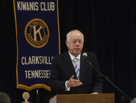 636656305425848978-Phil-Bredesen-speaks-at-Kiwanis-Club-of-Clarksville-luncheon-2-.JPG