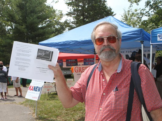 636683923101766204-Steven-Currie-was-garnering-support-against-the-upcoming-vote-for-consolidation-of-city-and-county-governments-at-Saturday-s-110th-Lone-Oak-Picnic-71-.JPG
