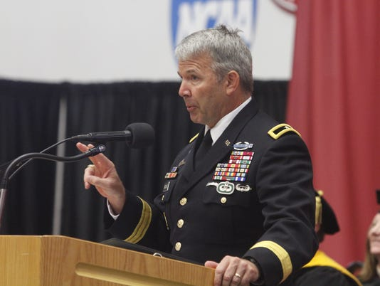 636695255664305902-Brig.-Gen.-Scott-Brower-delivered-the-commencement-address-at-APSU-s-Summer-Commencement-Exercises-24-.JPG