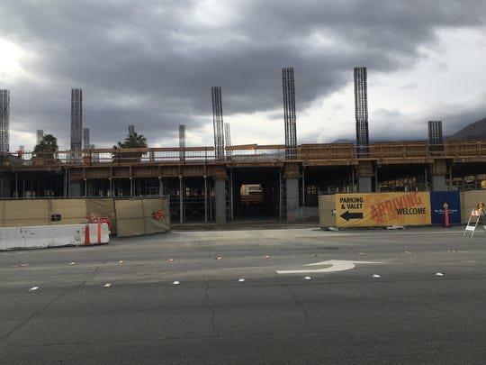 The Agua Caliente Band of Cahuilla Indians is at work building an 800-car garage on the north side of the Spa Casino in Palm Springs.