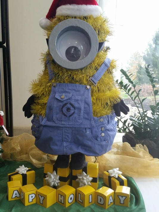 minion christmas captures best in village at festival of trees contest - Minion Christmas Tree