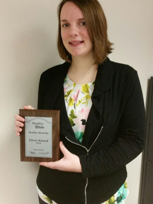 Sarah Fink with Healthy Worksite award