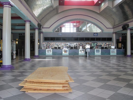 An empty Hollywood 20 movie theater off Naples Boulevard