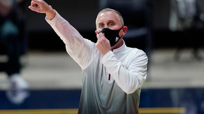 Arizona State coach Bobby Hurley gestures to players during the first half against California on Dec. 3, 2020.