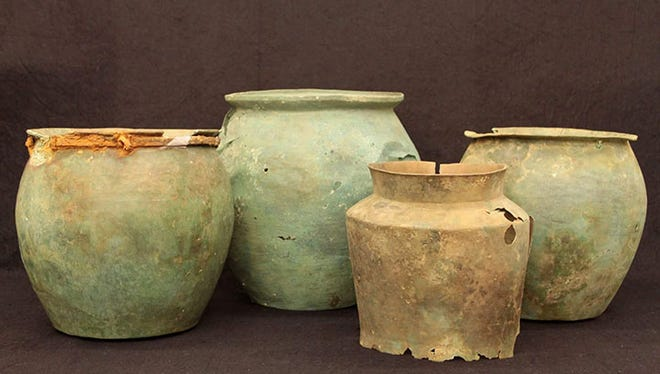 Items from discovered from Etruscan well to be displayed at museum in Florence.