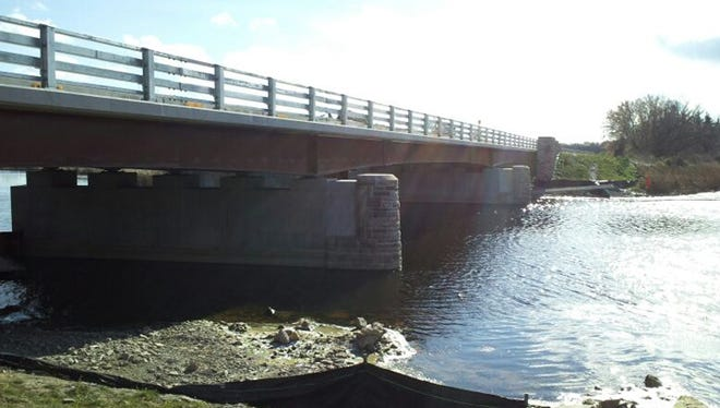 Lake Ontario State Parkway bridge over Salmon Creek.