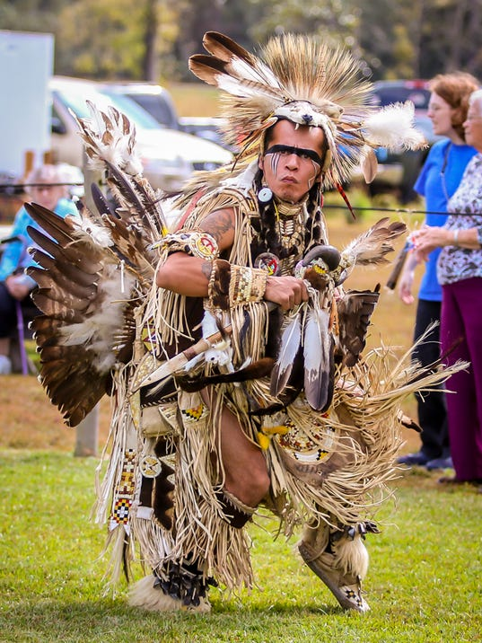636466147912306109-sm2017-1118-27th-santarosacounty-creek-indian-tribe-powwow-0067.jpg
