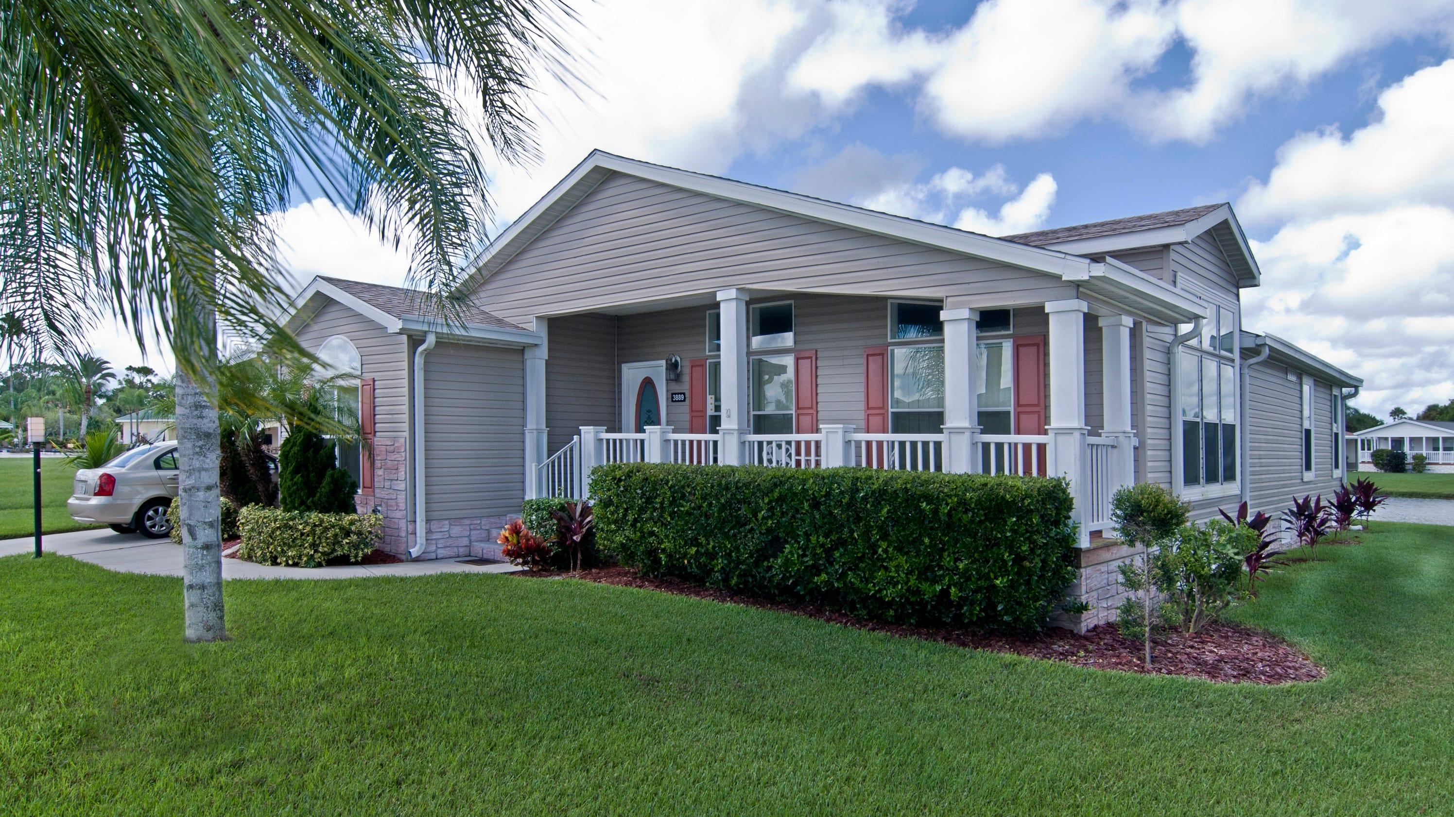 manufactured homes offer open floor plans  custom design