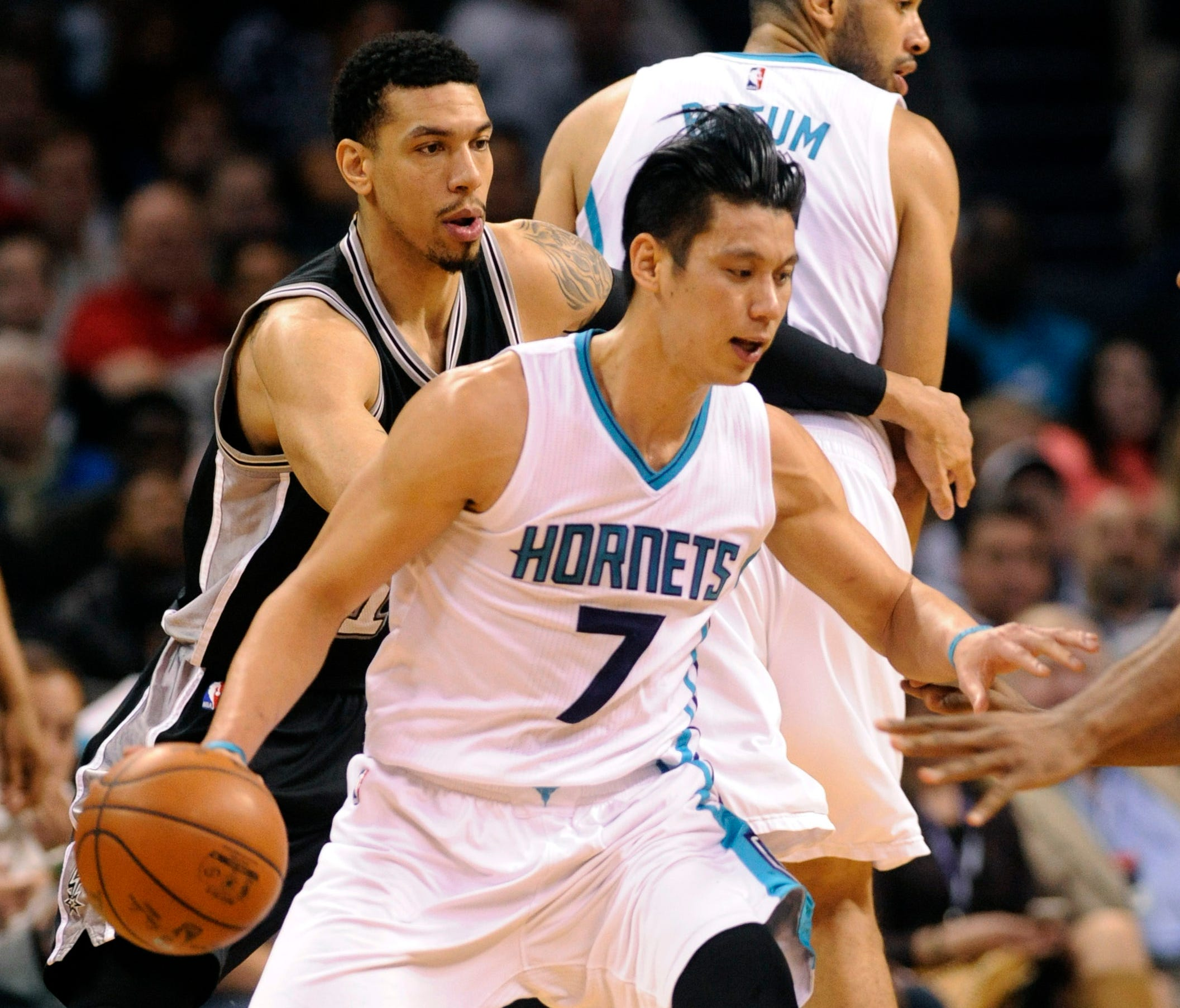 finest selection 66e4f 6dbcf Hornets storm back to edge Spurs behind Jeremy Lin's 29 ...