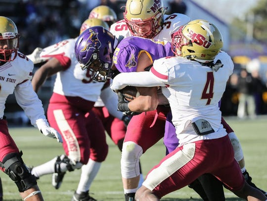 Minnesota State's Nate Gunn rushed for 193 yards and