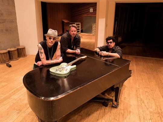 Billy Bob Thornton (left) and the BoxMasters play July10.