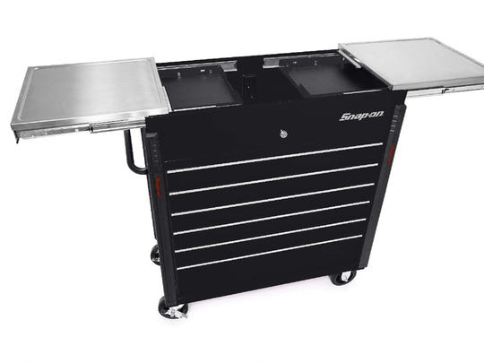 An image of what the stolen Snap-on tool chest looks like.
