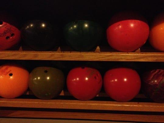 BOWLING-Balls
