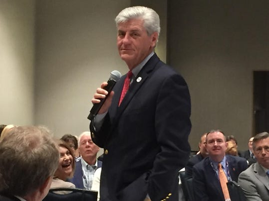 Gov. Phil Bryant tells delegates he promised the Trump campaign Mississippi .JPG