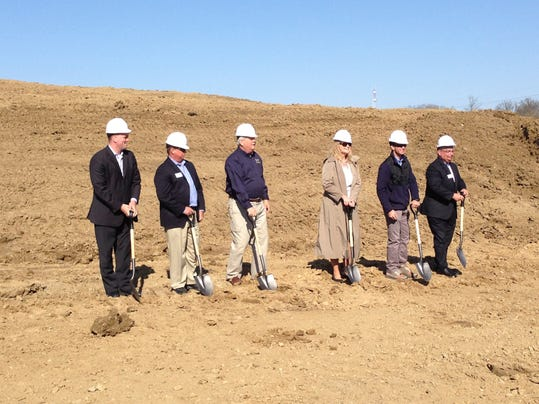 -INI fishers groundbreaking.jpg_20140422 (2).jpg