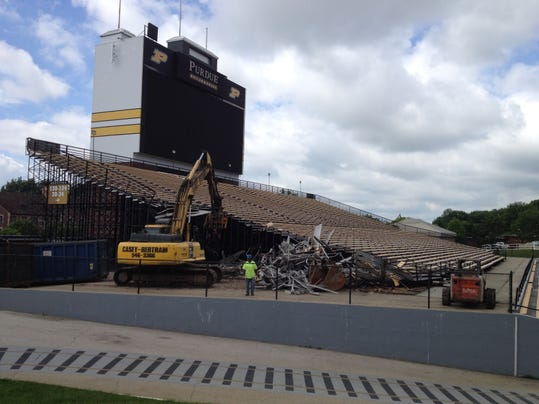 ross-ade south stands.JPG