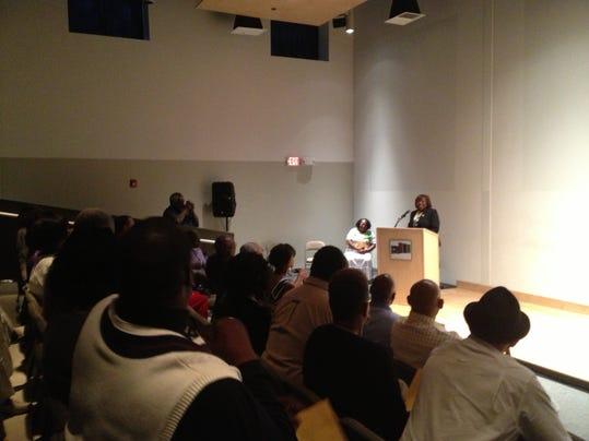 City Council President Loretta Scott at FDRC 8-15-14.JPG