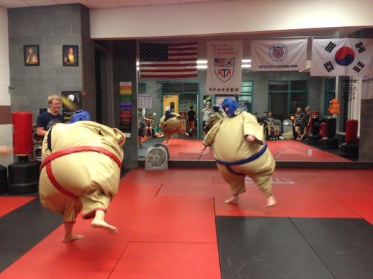 Sumo Wrestlers.JPG