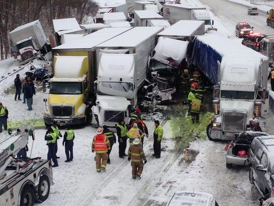 EPA USA SNOW CRASH INDIANA_001