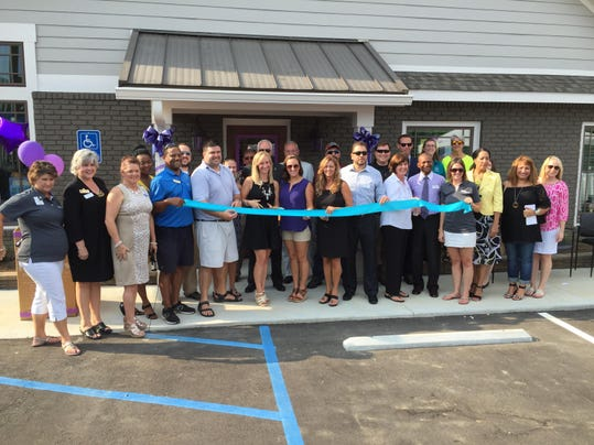 Simpsonville chamber of commerce has grand opening for Mercedes benz of buckhead staff