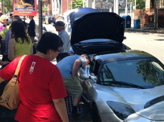 Senate panel oks plan allowing tesla car sales in nj for Motor vehicle in trenton new jersey