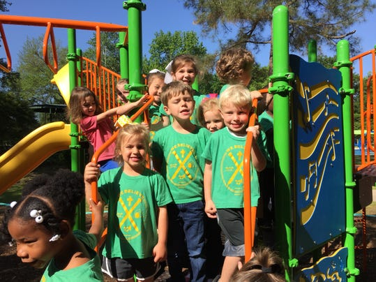 Garden Club Celebrates New Playscape At Zoo