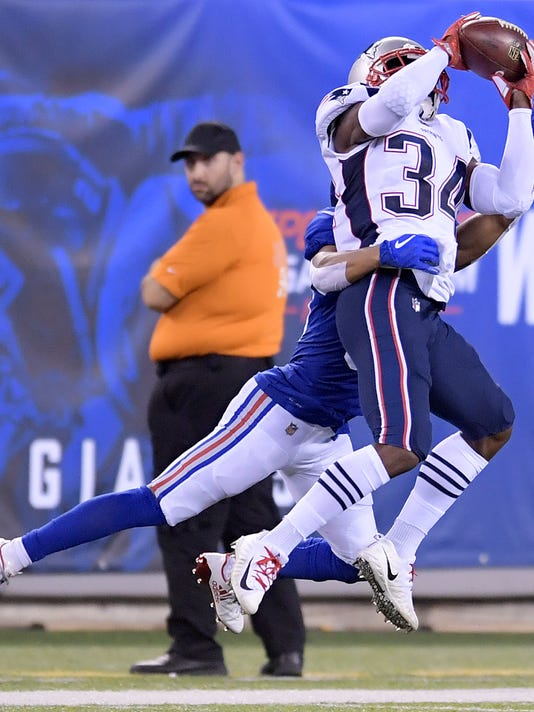Patriots_Giants_Football_26227.jpg