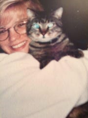 Tammy Zywicki with her cat, Bob.