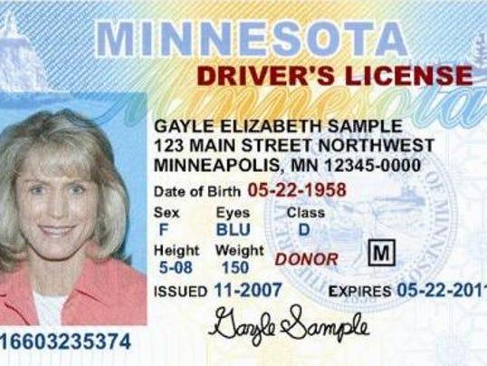 635890525628795146-generic-drivers-license.jpg