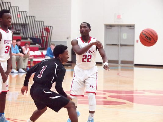 2 Nigel Peebles USJ #22 passes the ball to a teammate Monday night against S.JPG
