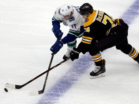 Canucks_Bruins_Hockey_00866.jpg