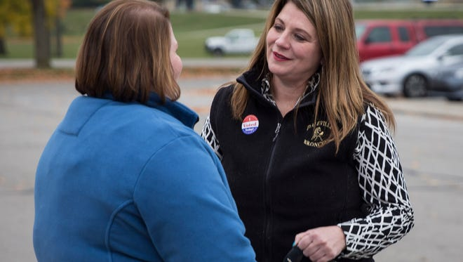 State Rep. Melanie Wright, D-Yorktown, meets with Democratic Delaware County Commissioner candidate Annette Craycraft on Tuesday.