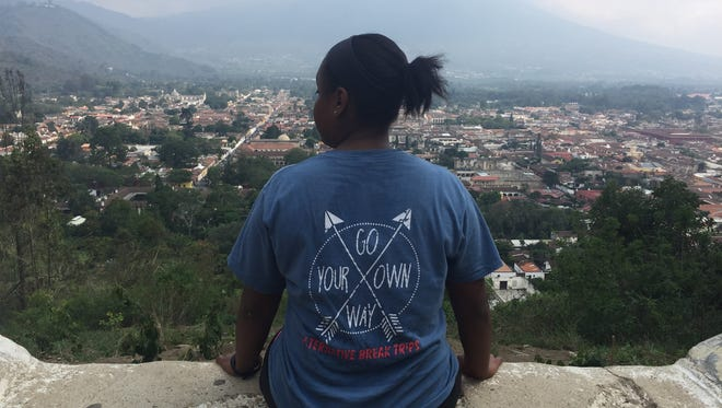 A group of seven Austin Peay State University students and two staff members traveled to Antigua, Guatemala, to work with a nonprofit organization, Maximo Nivel.