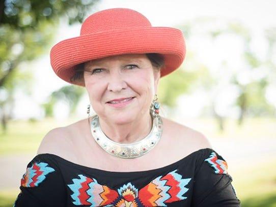 Donna Albus.
