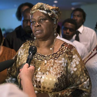 Audrey DuBose, mother of Samuel DuBose, speaks to the