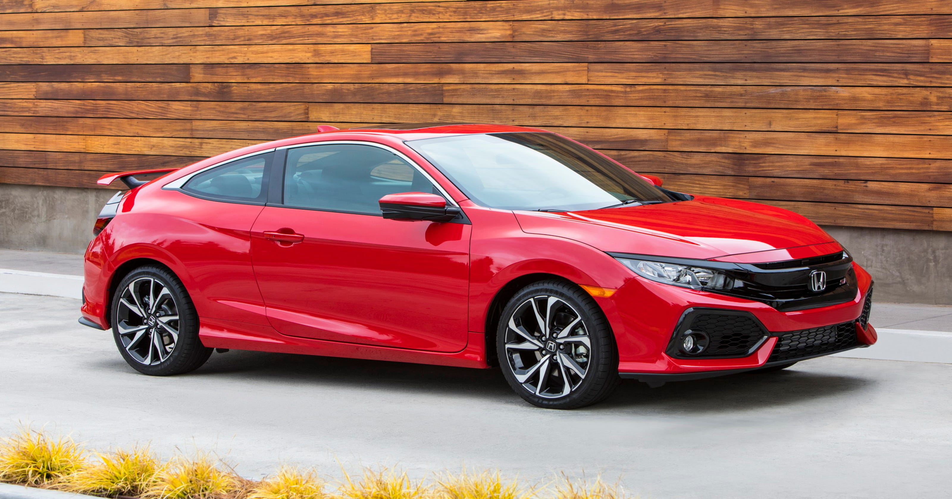 2017 Honda Civic Si Coupe Is Enthusiast Oriented