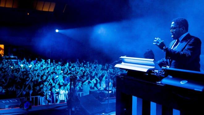 Keyboardist Ikey Owens was 38.