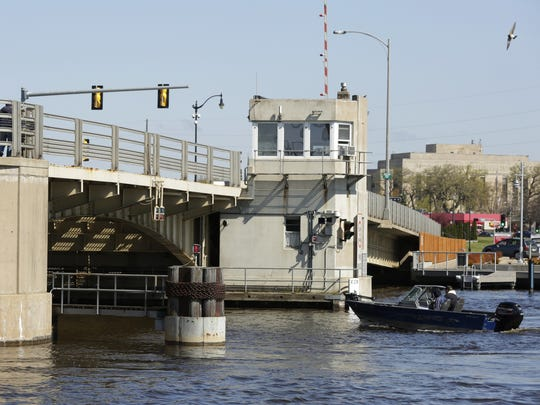 Bridges will be temporarily closedthroughout Winnebago County ranging from April 8-16 due to spring cleaning.