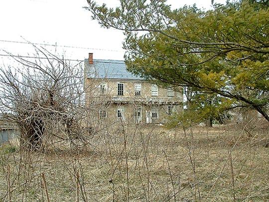 Spring-Valley-Peacock-Farm-2-blog