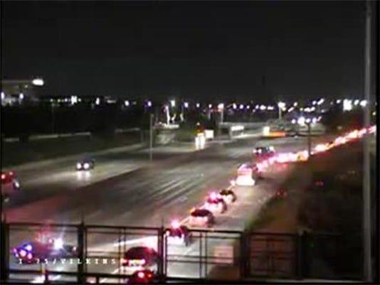 Lanes reopen after NB I-75 crash at Mack