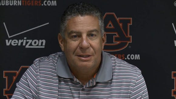 "Bruce Pearl is continuing to remodel the Auburn roster, with Ronald Delph and Alex Thompson taking an ""indefinite leave of absence"" from the team."