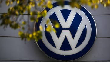 VW to pay $2.8B fine, gets 3 years probation