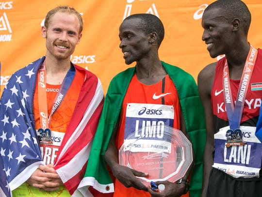 The 2015 Los Angeles Marathon men's elite division